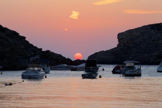 Sant Josep, Spagna: Perfekter Sonnenuntergang in Cala Vadella
