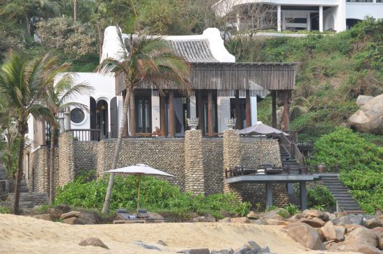 InterContinental Danang Sun Peninsula Resort: Seaside Pool Villas by the Beach