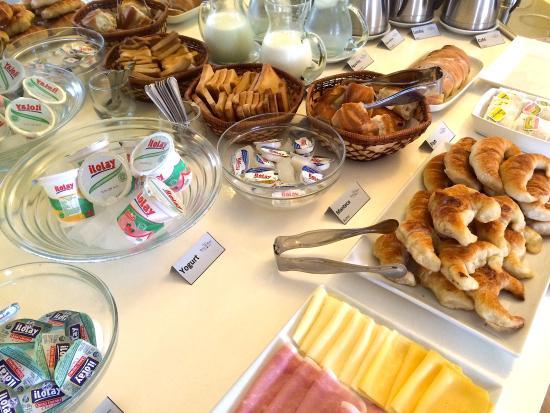 Hotel Lucky Home: Desayuno Buffet!