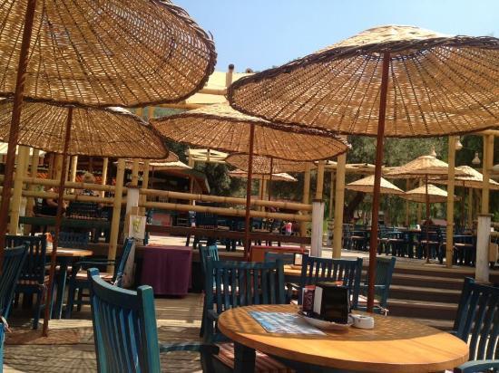The Sugar Beach Club: The new veranda at Sugar Beach