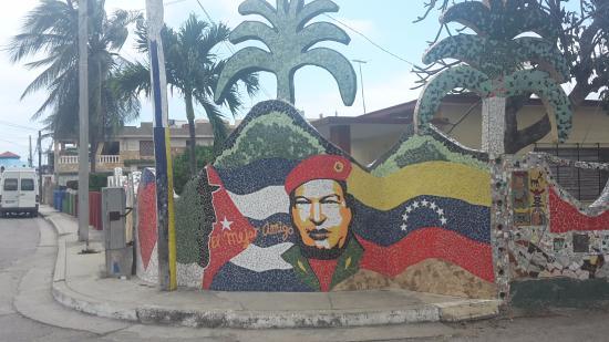 Fusterlandia: To Venezuela