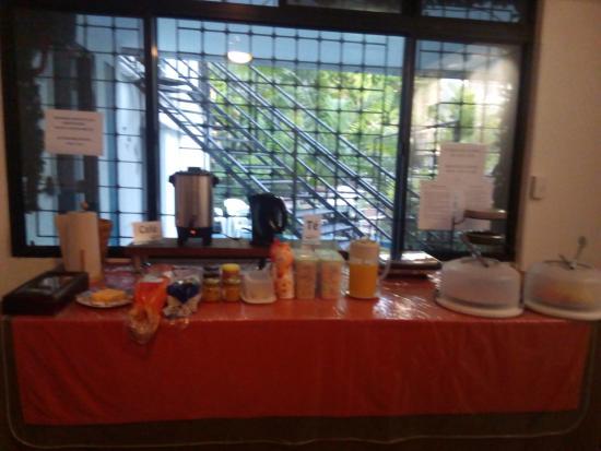 Hostal Entre 2 Aguas: Desayuno Bufé