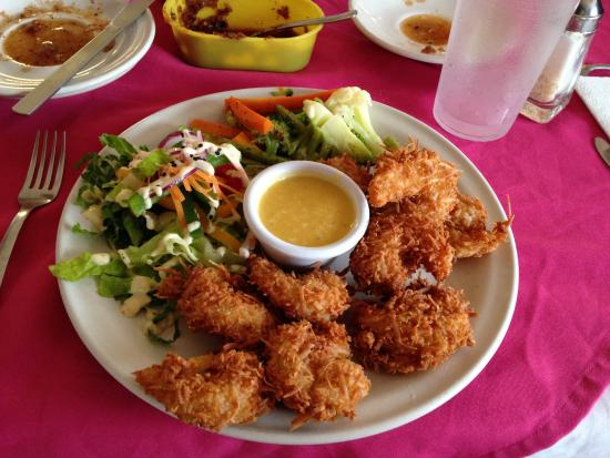Doña Tere: What a fun meal of coconut shrimp!