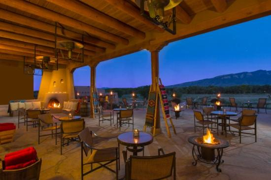 Hyatt Regency Tamaya Resort & Spa: Rio Grande Lounge Patio