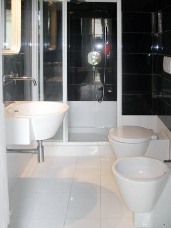 bagno Glicine - Foto di B&B Glicine, Civitanova Marche - TripAdvisor