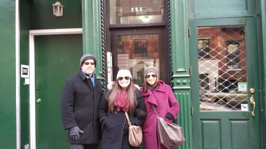Metro NYC Tours: East Village nyc gangster tour private