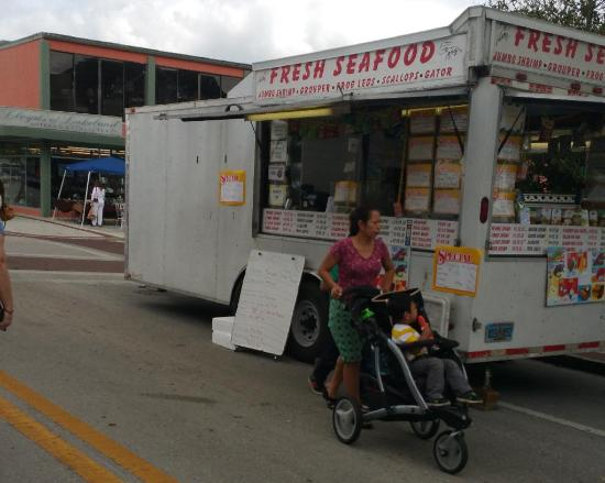 Auburndale, FL: Some interesting food trucks