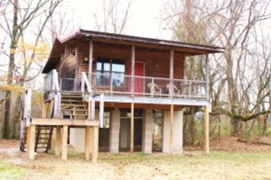 Norfork, AR: Woodcreek Cabin - Exterior