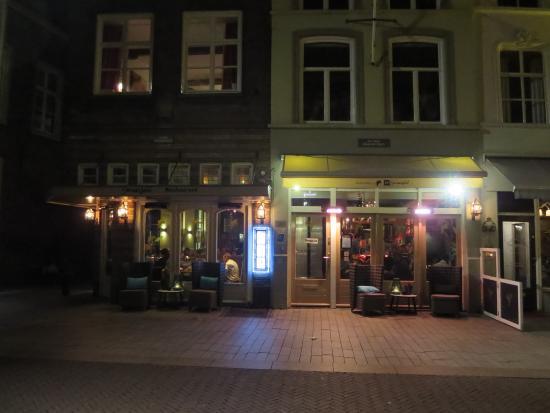 Restaurant ext rieur foto van ff swanj den bosch for Exterieur restaurant