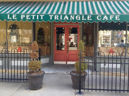 Picture of le petit triangle cleveland for Petit restaurant