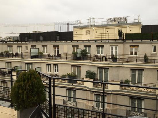 Prince de Galles, a Luxury Collection Hotel: Mosaic suite balcony