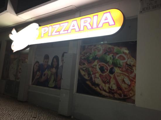 Estrémadure, Portugal : Pizzaria Mundo Das Pizzas