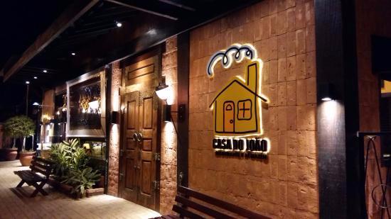 Fachada do restaurante bar de espera foto de casa do - Fachadas de bares modernos ...