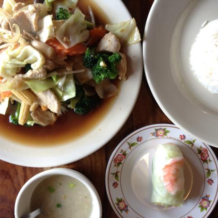 Thep Thai: Mixed Vegetable with Chicken, Rice Soup, and Fresh Spring Rolls