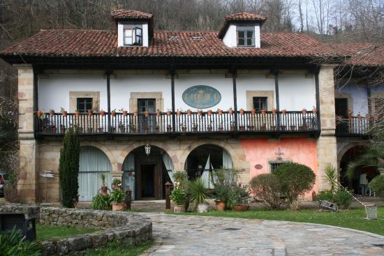 Cabuerniga, Spain: Camino Real