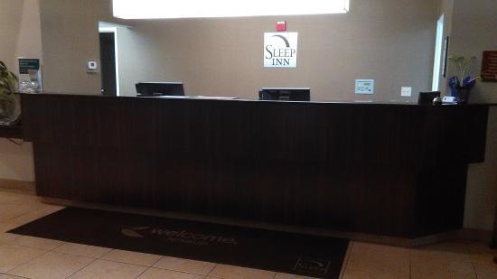 Jessup, MD: Front Desk