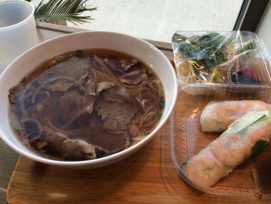 6 1 pho asian restaurant 4386 n high st in columbus for Asian cuisine columbus ohio