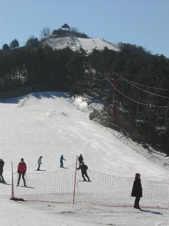 Baiqing Village Ski Resort