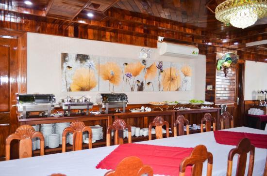 Pictures of San San Hotel - Da Nang Photos