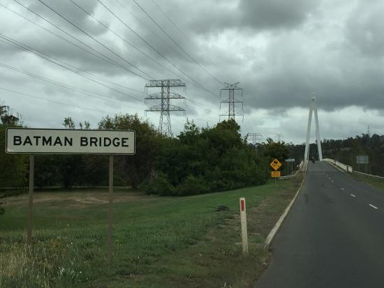 ‪Batman Bridge‬