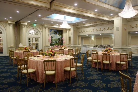 Roslyn, Nowy Jork: Ballroom