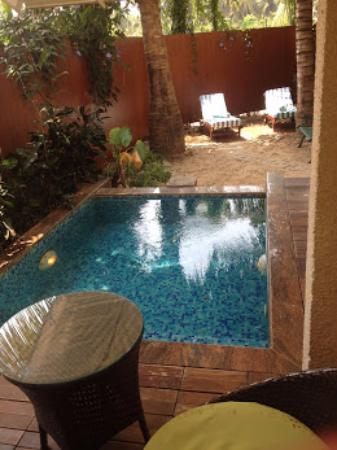 Utorda, India: POOL INSIDE THE SUITE