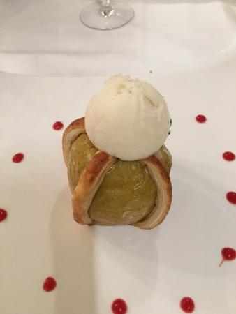 Restaurant La Petite Verrerie : apple tart