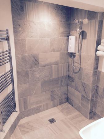 Dairy Guest House : Family en-suite wetroom