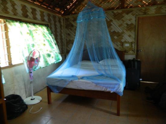 Lakatoro, Vanuatu: clean tidy room