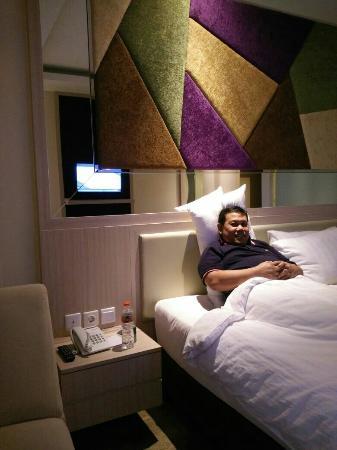 photo1 jpg picture of lariz wthree hotel makassar makassar rh tripadvisor com