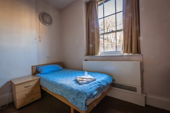 single en suite room picture of lse passfield hall london rh tripadvisor ca