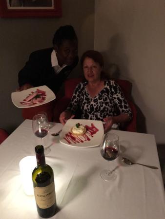 Henry Whites Restaurant: photo0.jpg