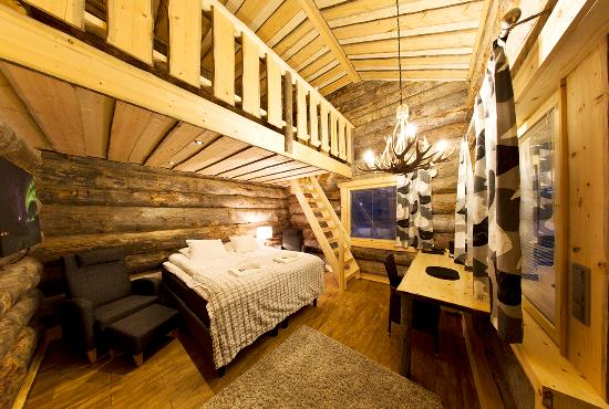 Nellim Wilderness Hotel: #LogSuite cozy inside