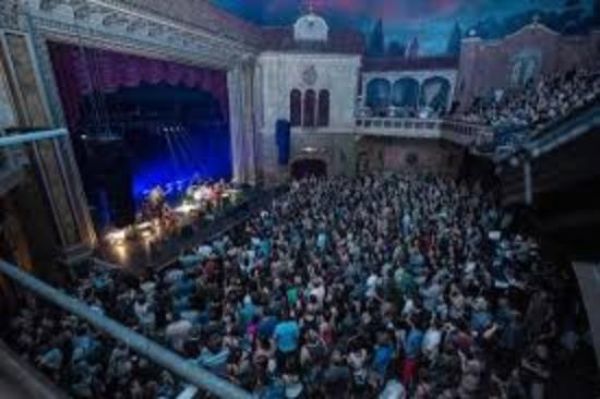 Theatre Granada: SHOW...