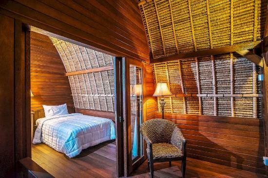 Sukanusa Luxury Huts: Room deluxe hut