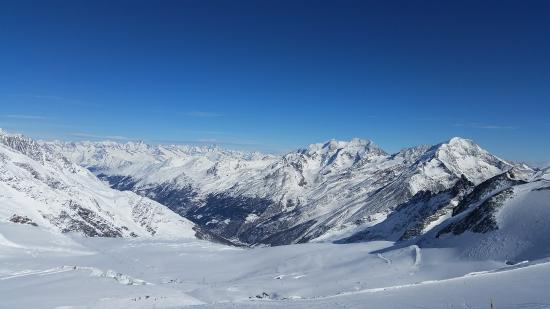 Monte Rosa : Ausblick von Saas-Fee auf Saas-Grund