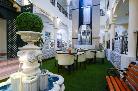 Al Seef  Hotel : Public Area