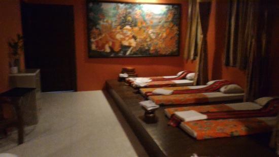 Frutta Massage And Spa