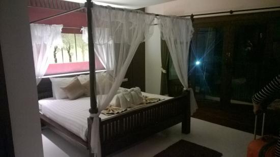 Dee Andaman Hotel Photo