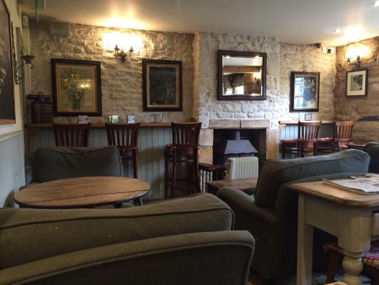 Pub interior, Kingham Plough
