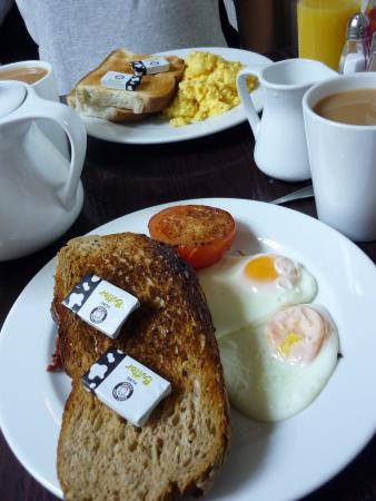 Juno's Cafe: Breakfast!