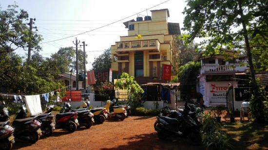 Anjuna, India: IMG_20160315_071714_large.jpg
