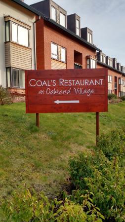Oakland Village Bistro, Bar and Restaurant
