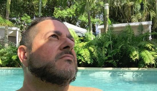 Wilton Manors, FL: Gettin my zen on at the pool spa at the Calypso Inn!