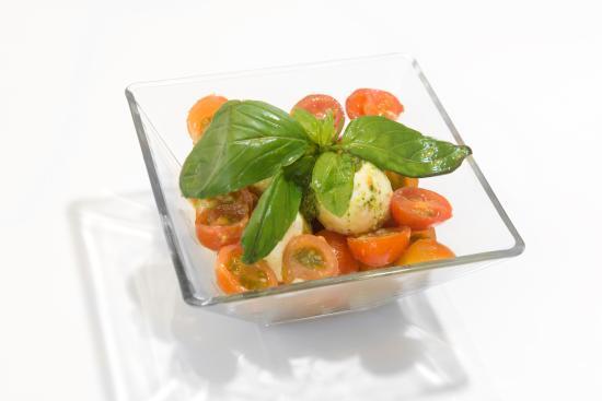 Trattoria Portofino : Caprese salad