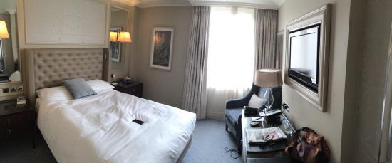De Luxe Queen Room Picture Of Waldorf Astoria Edinburgh