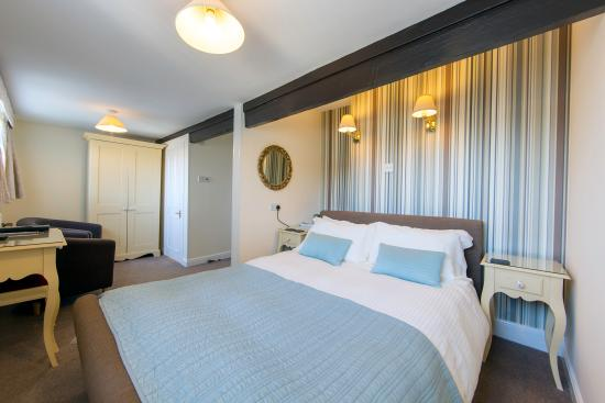 Sunnyside Guest House: Newly re-decorated (2016) Room 5