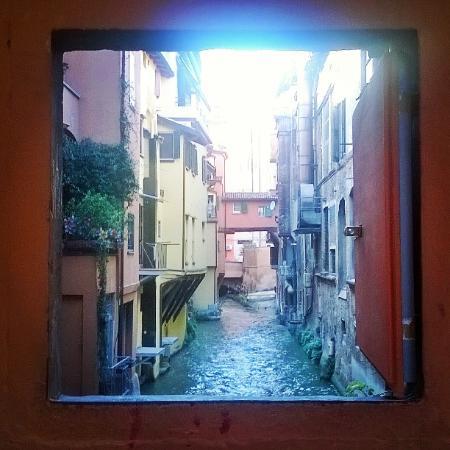 La finestrella di via piella foto di finestrella di via piella bologna tripadvisor - Bologna finestra sul canale ...