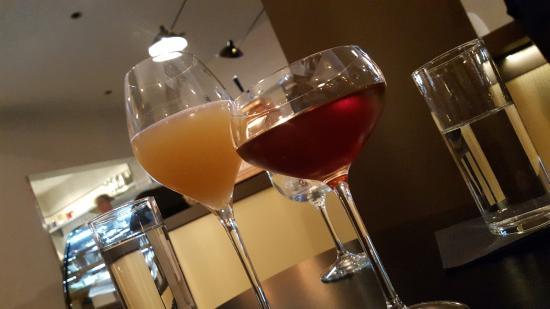 Clayton, MO: Champagne Bellini and Gaslight Square