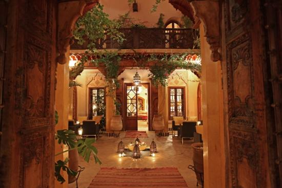 One of the five Patios of the Riad-hotel la maison arabe